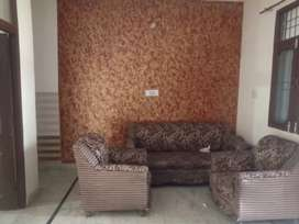 2 BHK. Single story khoti , family and bechelor allowed