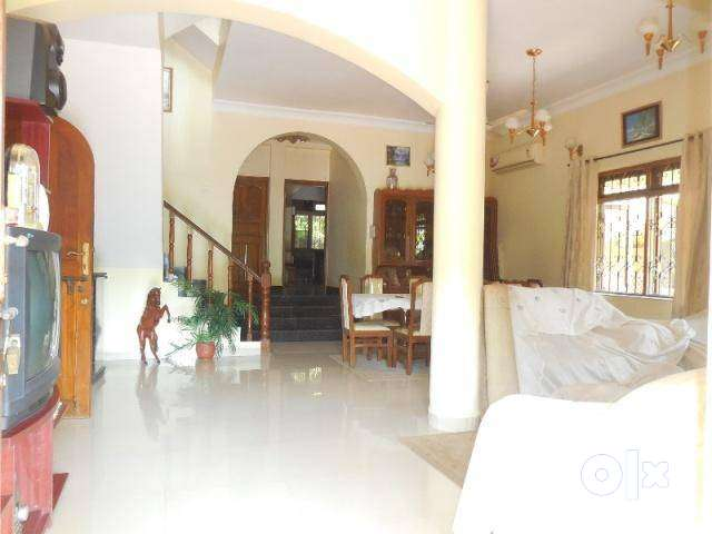 4 Bhk Bungalow for Sale in Donapaula North-Goa.(7.53Cr) 0
