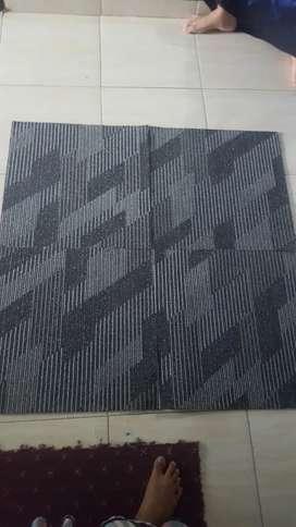Gudang karpet tile baru/bekas
