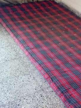 Singla gadda/mattress