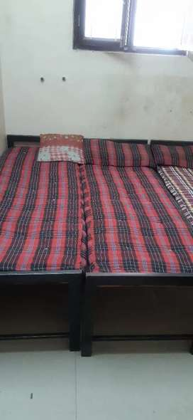 Running Ladies Hostel available at Dilsukh Nagar