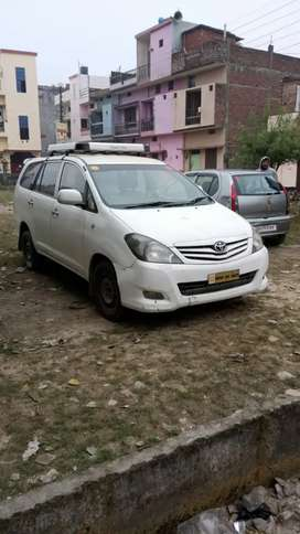 Toyota Innova  2011 model urgent to sell. Taxi Permit (All India)