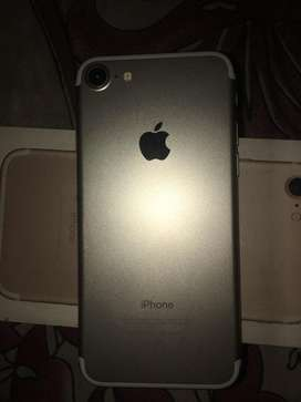 Iphone 7 32gb 100%gold out warranty