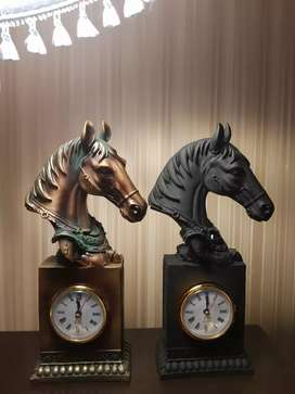 Imported beautiful Horse head table clock with 11.5 inches height