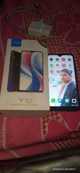 Vivo y93 3GB or 64gb