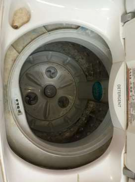 Fully automatic top load washing machine