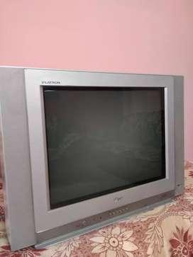 LG Flatron Colour TV