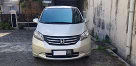HONDA FREED PSD 2009 GOOD CONDITION LOW KM