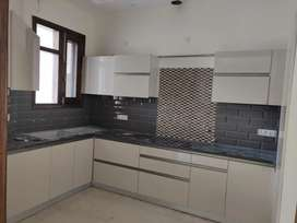 Beautifully built 3 bhk builder floors available in sector 79
