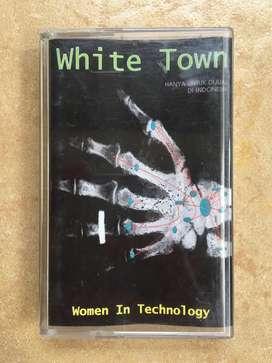 Kaset Pita: White Town, album: Women in Technology