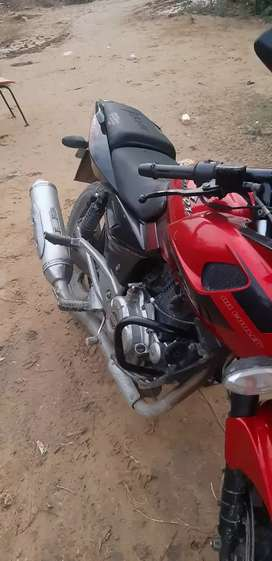Good condition NO problem pulsar 220