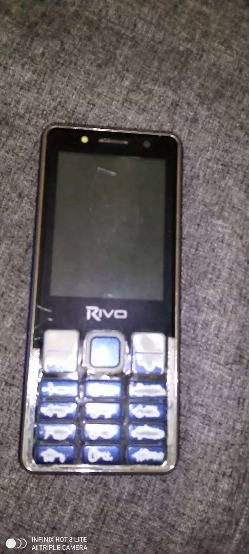 Rivo c11 available for sale only mic problem 0
