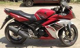 Yamaha R1 5 2k16 model