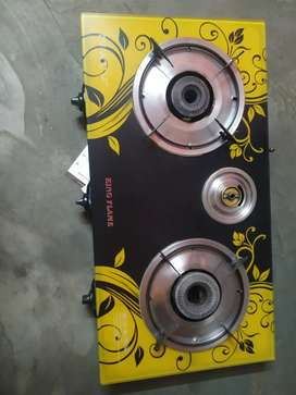 Gas stove in good working condition