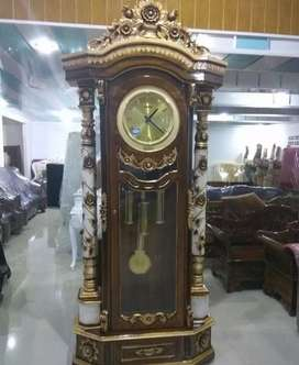 Lemari jam warna kombinasi ( kayu jati ) Desain berkualitas