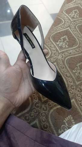 Reasonable shoes for ladies