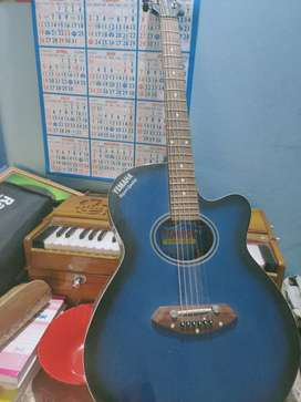 Accustic guitar for sale