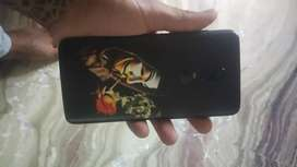 One plus 6 in good conection for sell with box and charger  1 year old