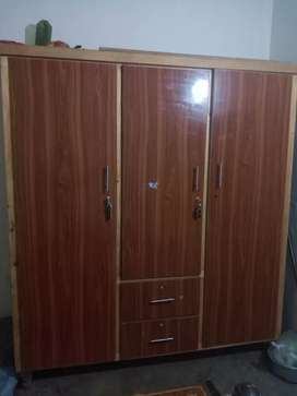 Wardrobe cupboard for sale in good condition