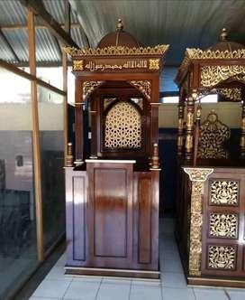 mimbar masjid kayu jati terlaku