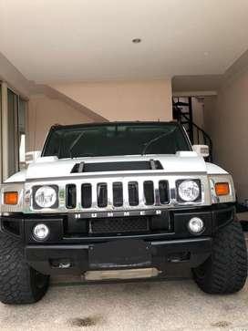 Hummer H2 2011 white