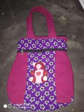 Women's pinky handbag
