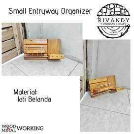 Small Entryway Organizer