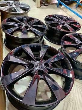 16 inches Verna fluidic OEM metallic black good condition set of 4