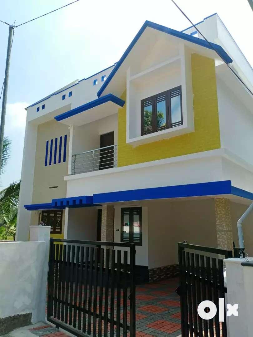 3 bhk 1400 sqft new build ready to occupy at kakkanad pukattupady