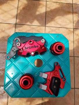 Kaliper brembo 2p universal, cover kaliper, jalu as roda depan