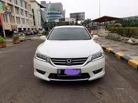 Honda accord vtil 2015 putih matic km 52 rb