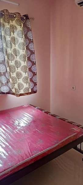1bhk flat rent at em bypass Mukandapur