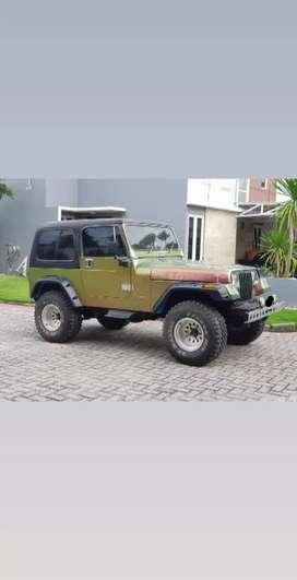 Jual Jeep CJ-7 Thn 1981 (Bensin) 4x4