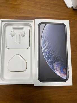 Apple i phone Xr available with cod