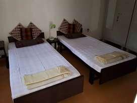 Guest House, from rent ,senapati bapat road Pune