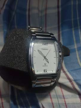 Baranded timewell watch less use and excellent condition