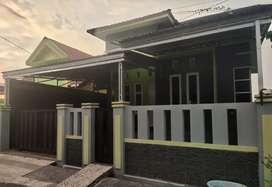 Dijual Rumah minimalis modern tipe 80 di Gatot Subroto