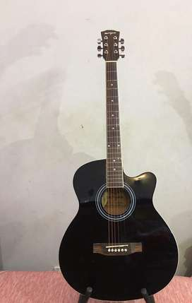 Acoustic Guitar 40 inch with metal keys and truss rod box pack new