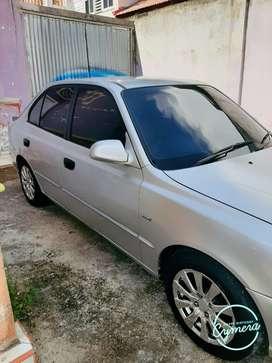 Hyundai verna 2001