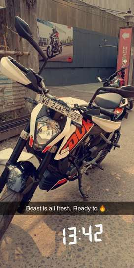 KTM Duke 200 White Color