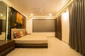 Ready to Move Luxury 3 BHK Apartment in Aundh at 1.65 Cr (All incl)