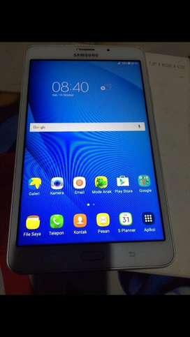 Samsung galaxy tab A 2016 7in sudah 4g lengkap no minus
