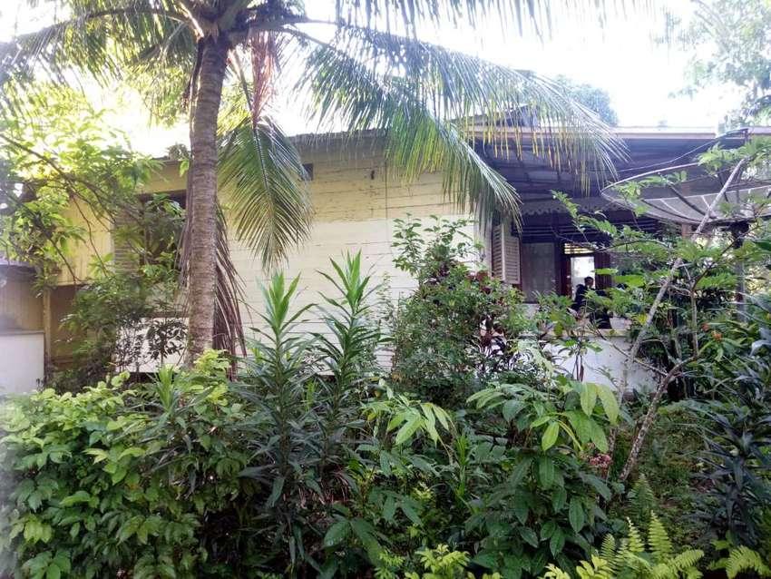 Dijual Rumah Tua ( Hitung Tanah ) Kota Tanjung Pandan