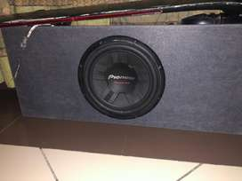 Sony xplod subwoofer and two speakers .