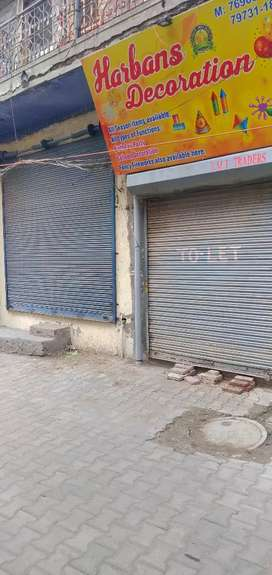 Shop for rent 3