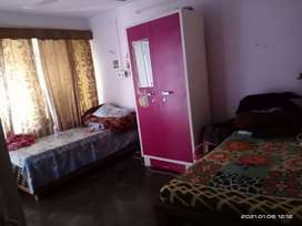 Kitchen with gas cylinder, washroom with geyser and AC only for girls