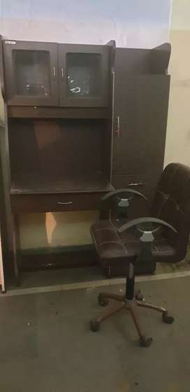 Study table with chair in an excellent condition