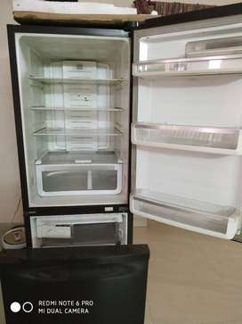 Godrej fridge- RB EON NXW 380 SD COSMOS