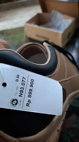 Sepatu Rock Valley