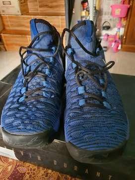 Sepatu basket KD original